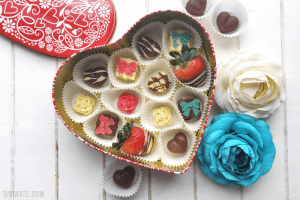 DIY Valentine's Chocolate Heart Box